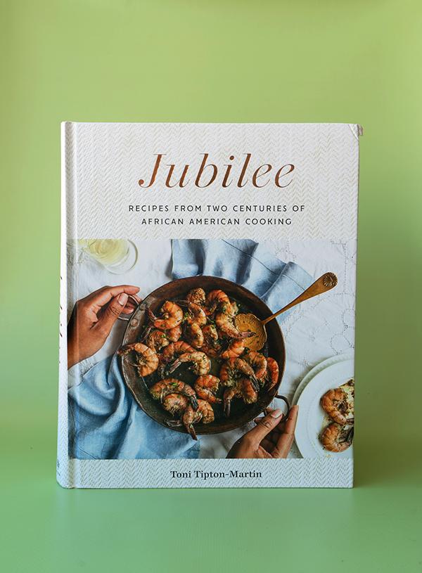 De cover van Toni Tipton-Martin's kookboek Jubilee